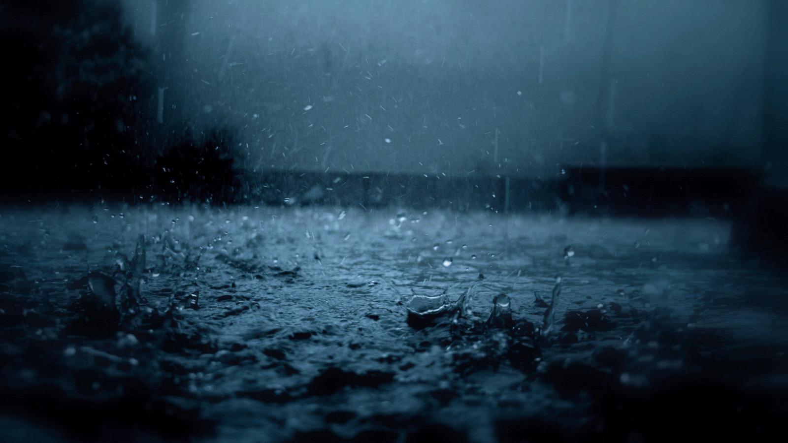 Дождь капли лужа обои 1600х900 картинки